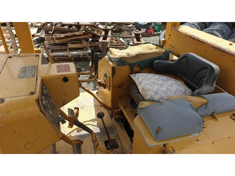 caterpillar d4e bulldozer 766024 009