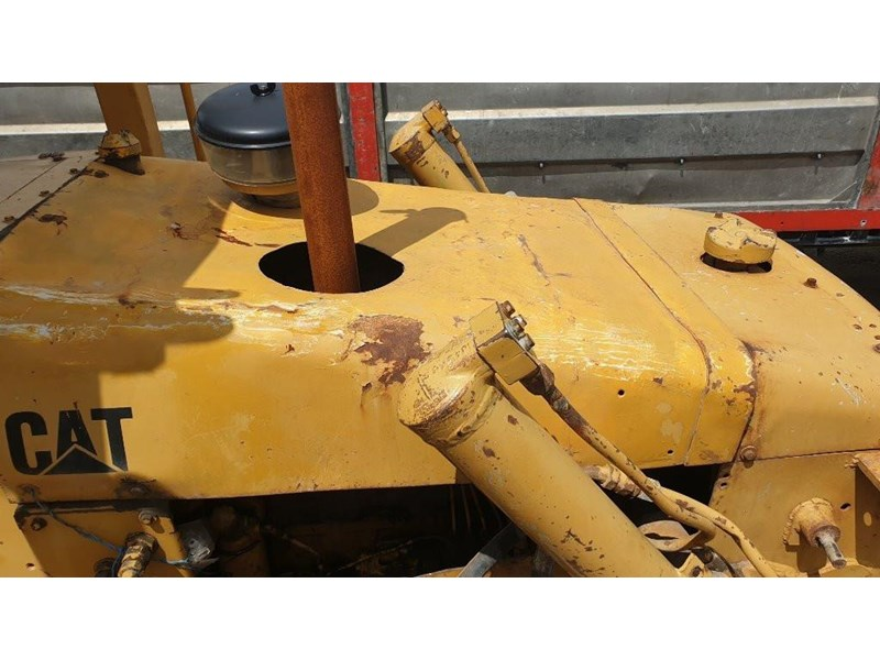 caterpillar d4e bulldozer 766024 016