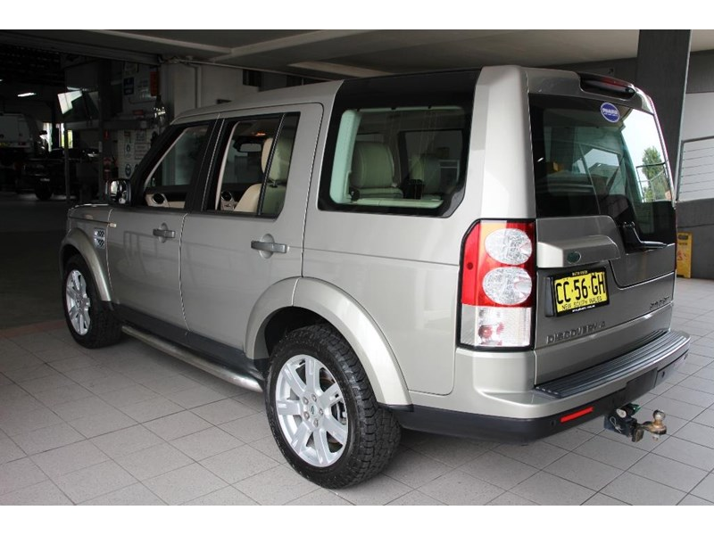 land rover discovery 768599 011