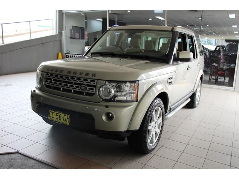 land rover discovery 768599 012