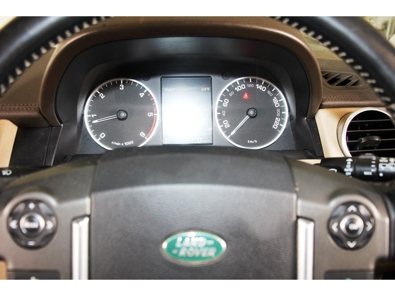 land rover discovery 768599 018