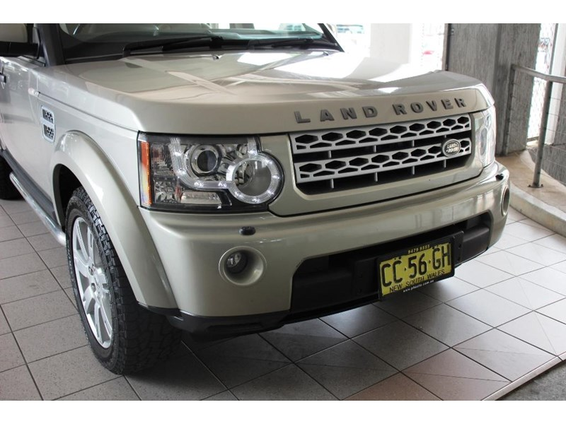 land rover discovery 768599 024