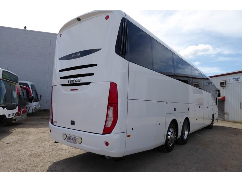 iveco chassis irizar bodied 770567 002