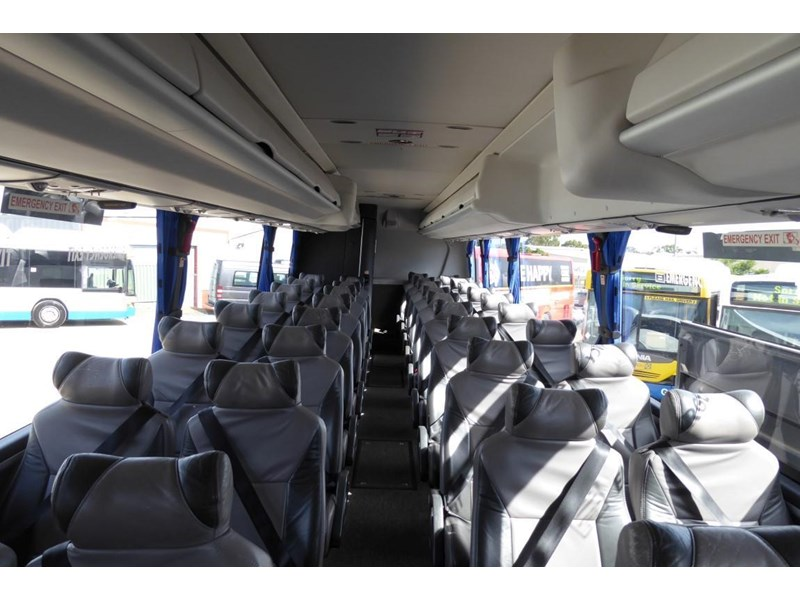 iveco chassis irizar bodied 770567 013