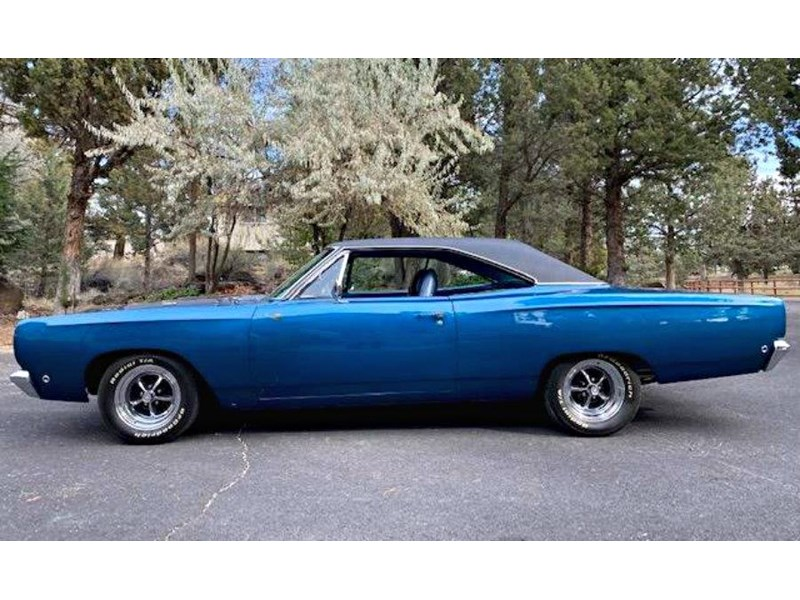 plymouth road runner 772359 008
