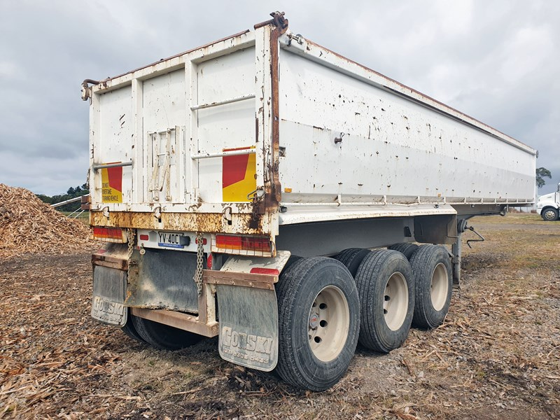 boomer triaxle semi tipper 773402 004