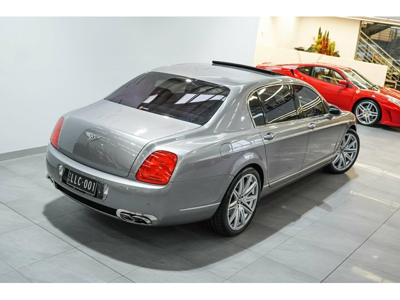 bentley continental 773789 008