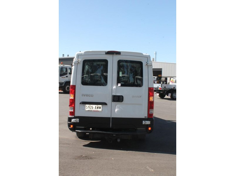 iveco daily 35s15 779356 008