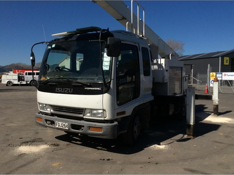 isuzu forward 780176 008
