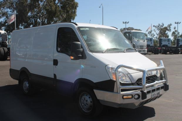 iveco daily 35s15 779356 007