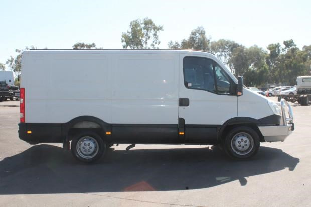 iveco daily 35s15 779356 013