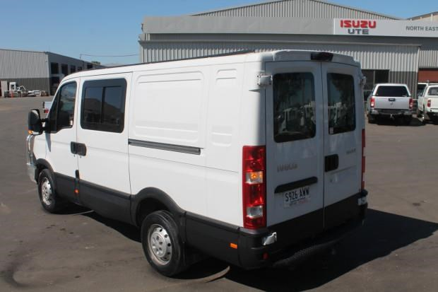iveco daily 35s15 779356 018