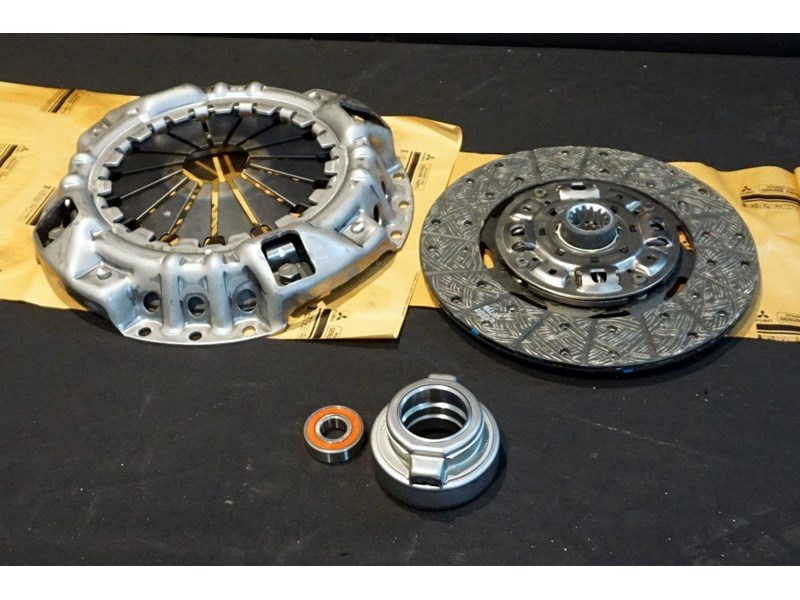 mitsubishi rosa clutch kit suit 2003 - 2007 782863 002