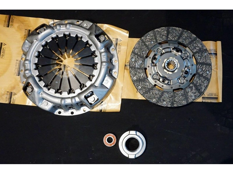 mitsubishi rosa clutch kit suit 2003 - 2007 782863 004
