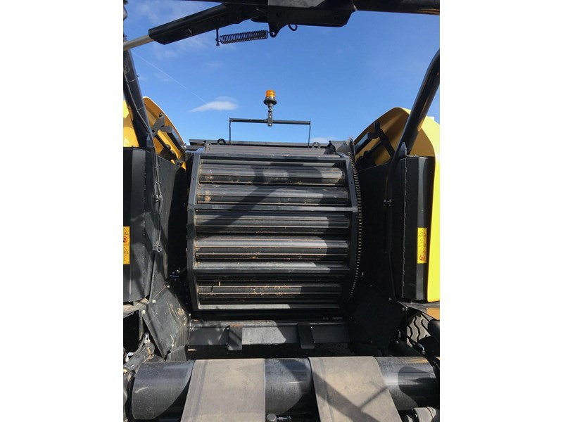 new holland rb 125c combi 783073 007