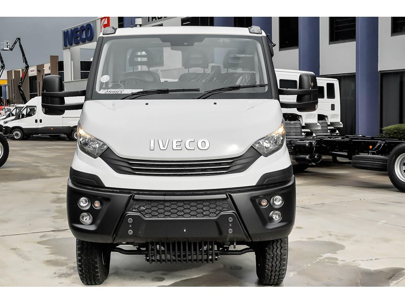 iveco daily 55s18hw 638938 004
