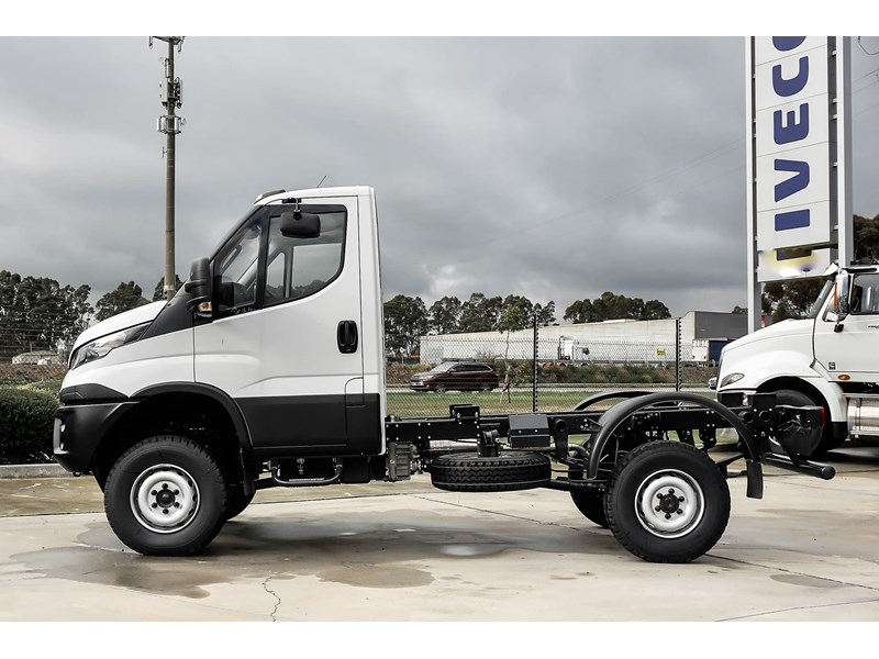 iveco daily 55s18hw 638938 005