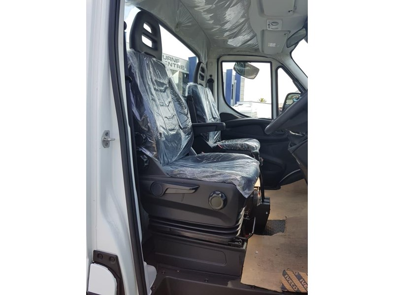 iveco daily 55s18hw 638938 006