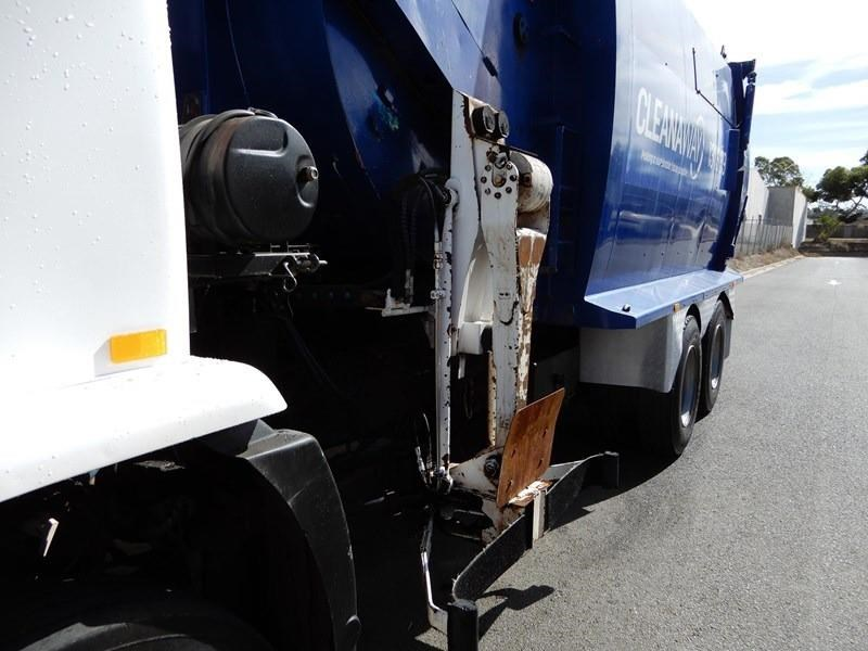 iveco acco 2350g 602700 007