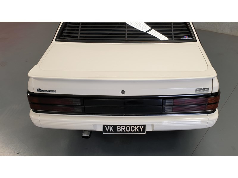 hdt commodore ss 784508 054