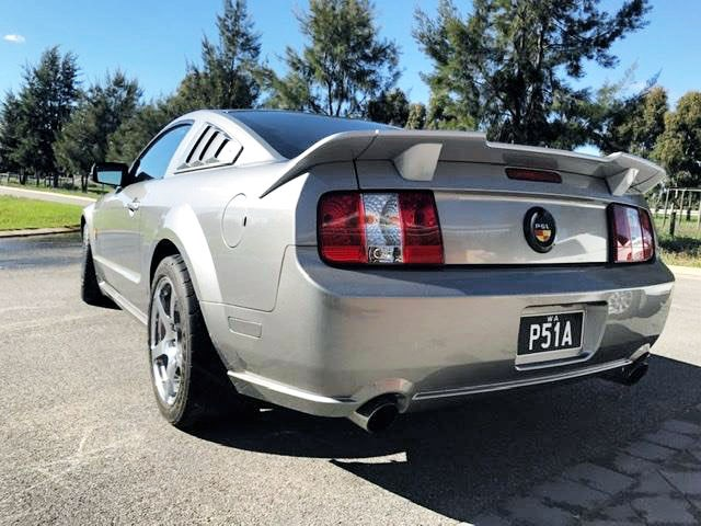 ford mustang 785274 002