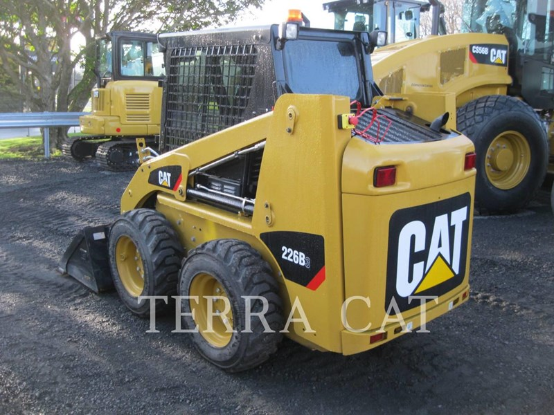 caterpillar 226b3lrc 753073 003