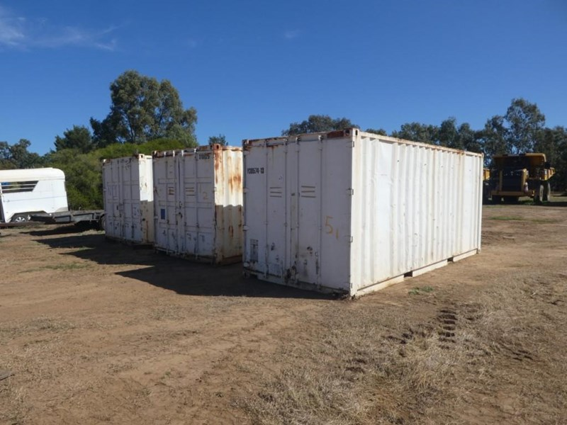 20ft work shop container with shelving 787253 001