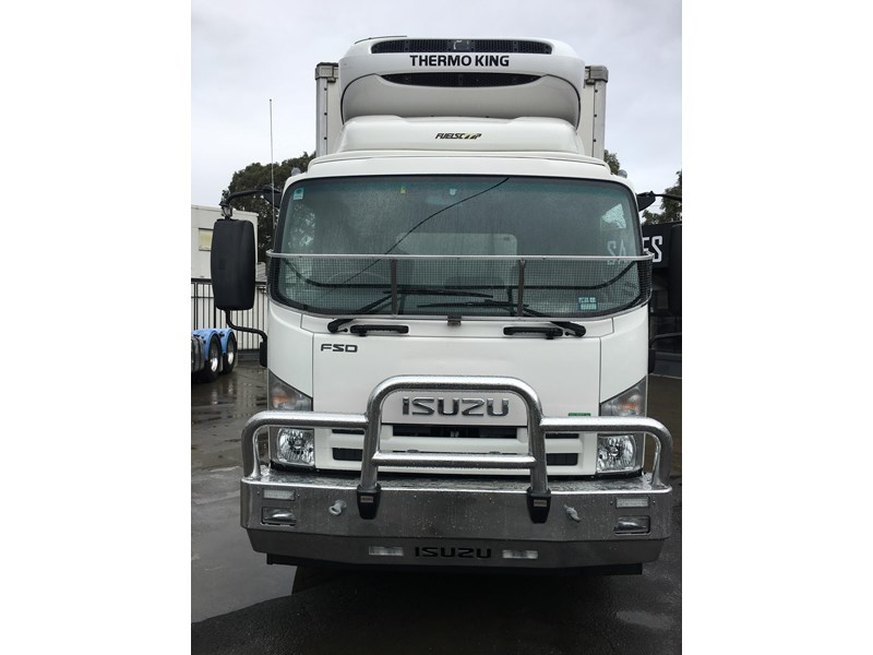 isuzu fsd700 long 788054 037