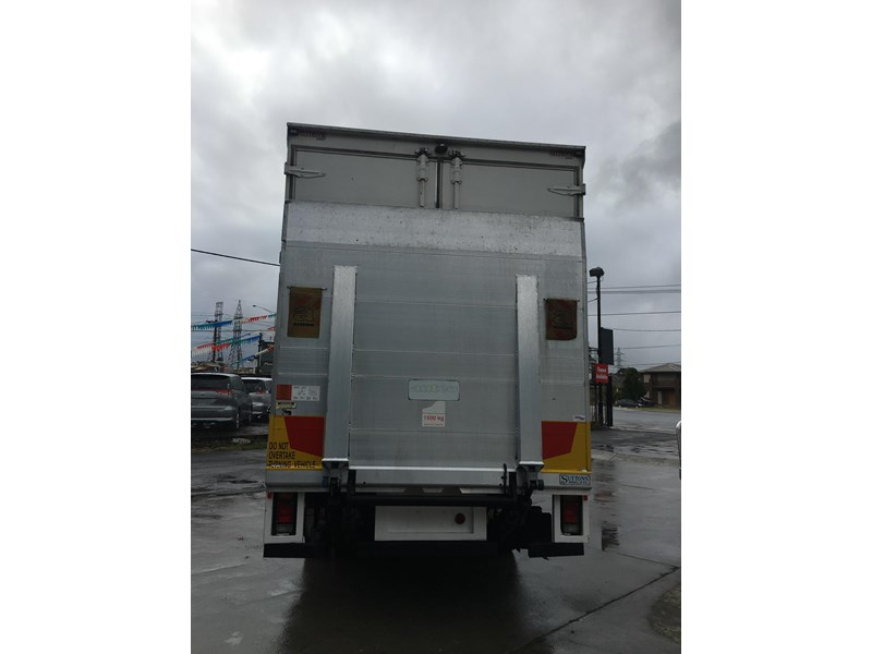 isuzu fsd700 long 788054 029