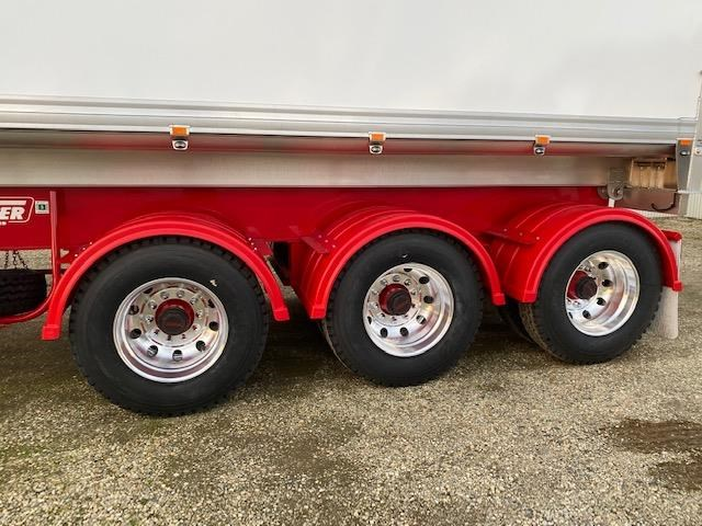 freightmaster b'double tippers 789845 019