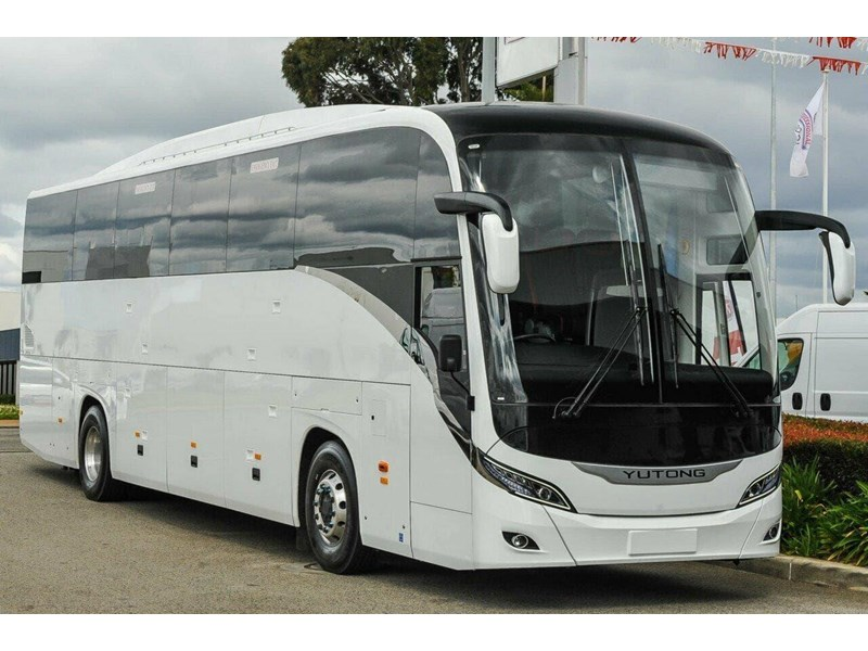yutong t12 luxury coach 788623 001
