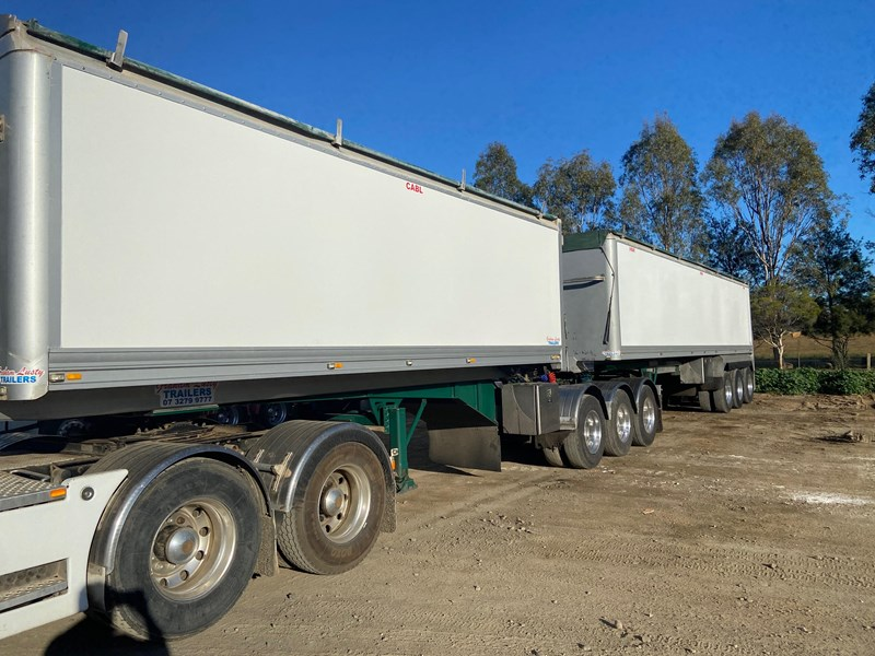 graham lusty trailers b-double tippers 793108 002