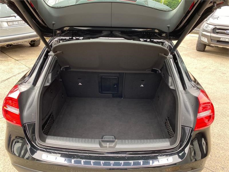 mercedes-benz gla 200 792942 012