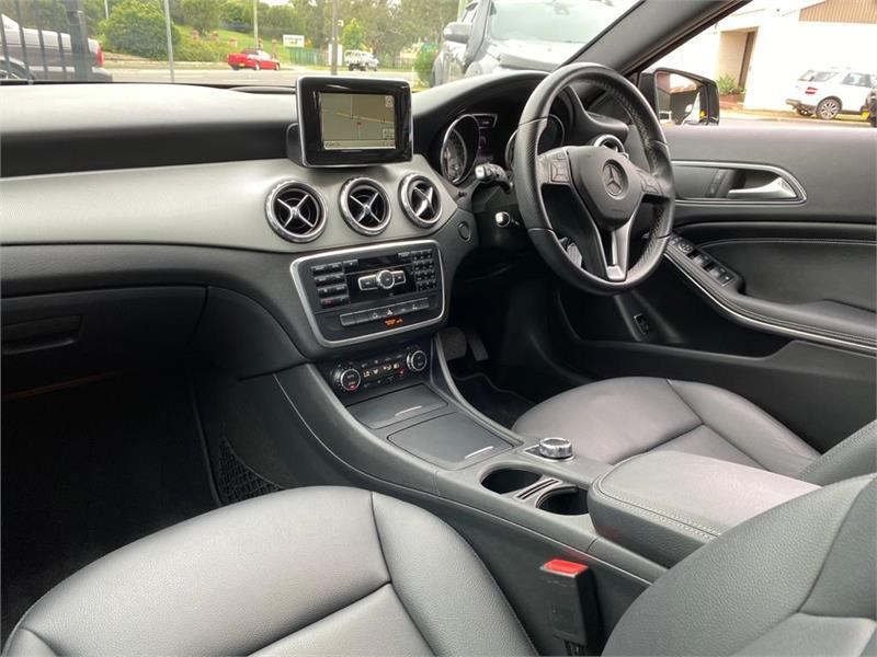mercedes-benz gla 200 792942 017