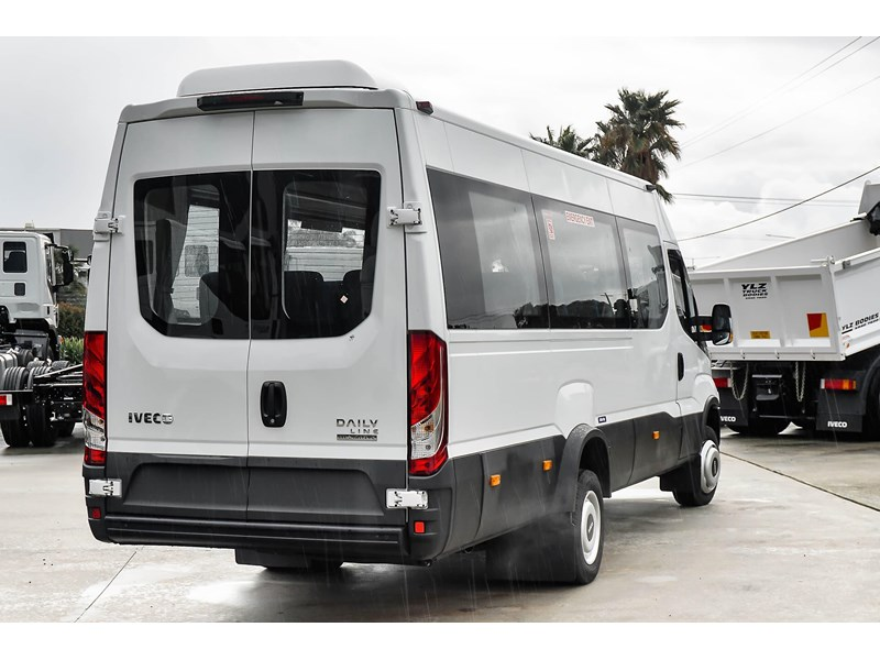 iveco daily mini bus shuttle 16 741126 005
