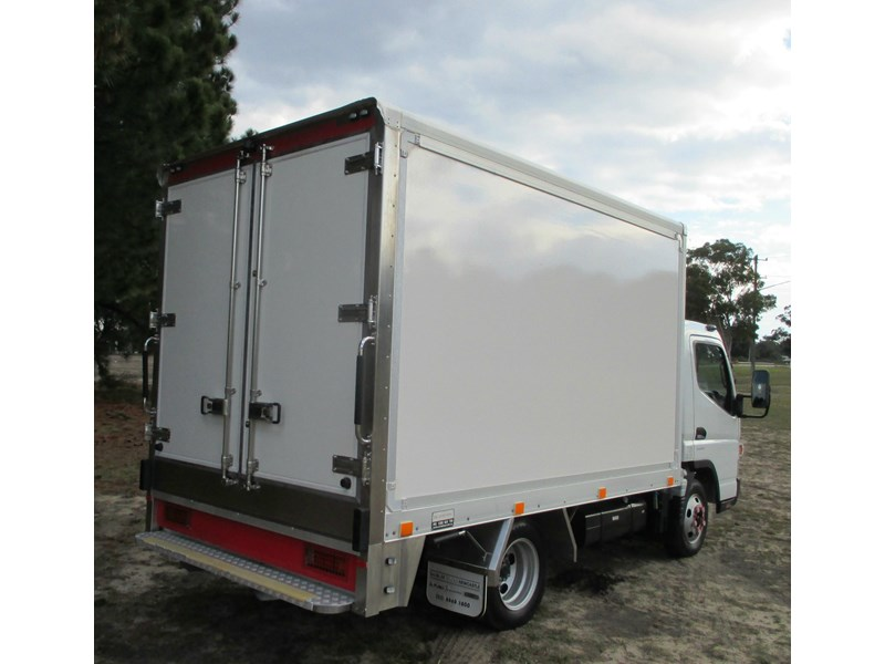 fuso canter 515 wide 782645 003