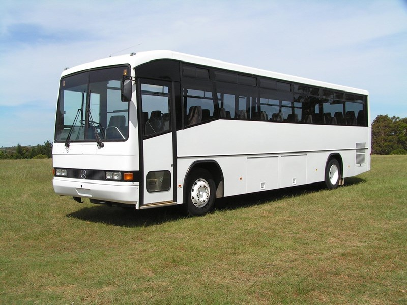 mercedes-benz custom coach 794852 001