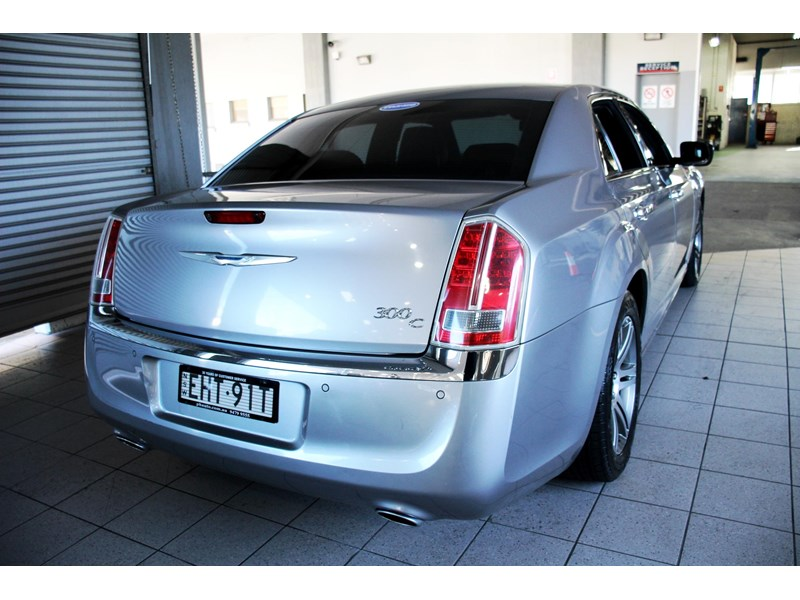 chrysler 300c 796245 006