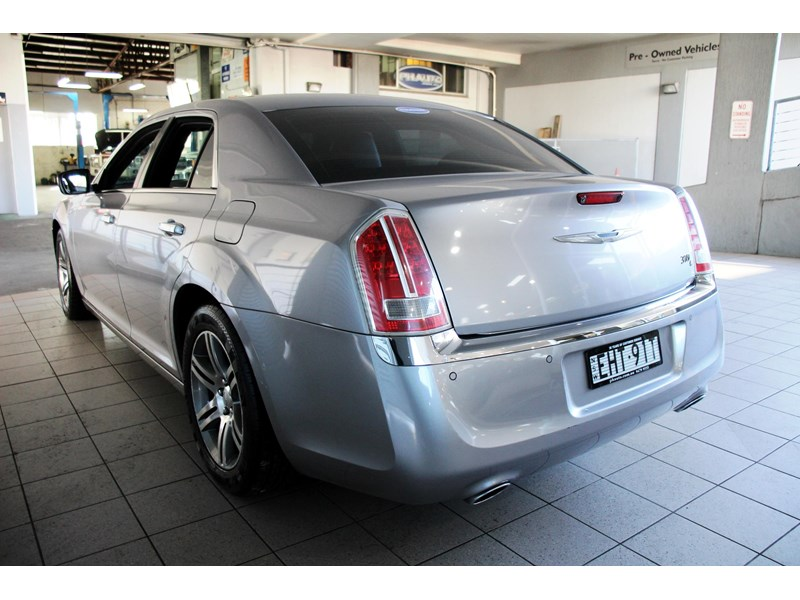 chrysler 300c 796245 008