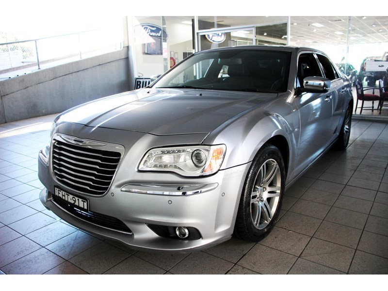 chrysler 300c 796245 010