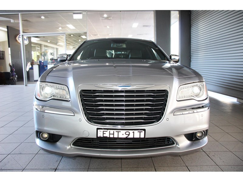 chrysler 300c 796245 011