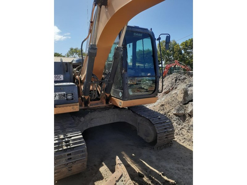case cx130 with blade, tilting quick hitch 796630 004