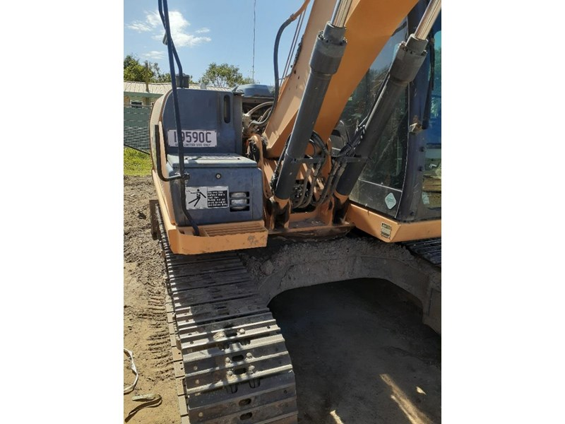 case cx130 with blade, tilting quick hitch 796630 006