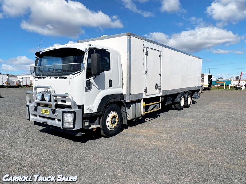 isuzu fvy1400 long 795540 001