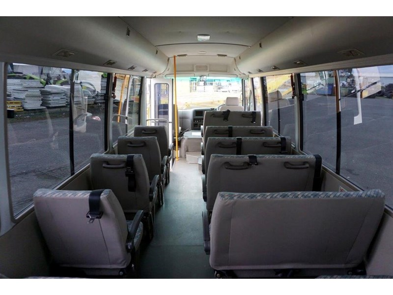 mitsubishi rosa 19 seat wheelchair bus 797415 008