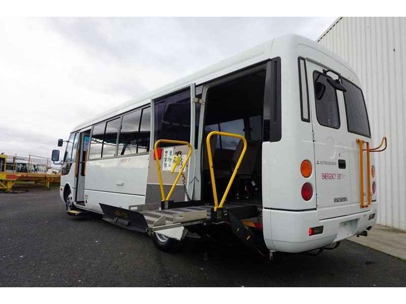 mitsubishi rosa 19 seat wheelchair bus 797415 007