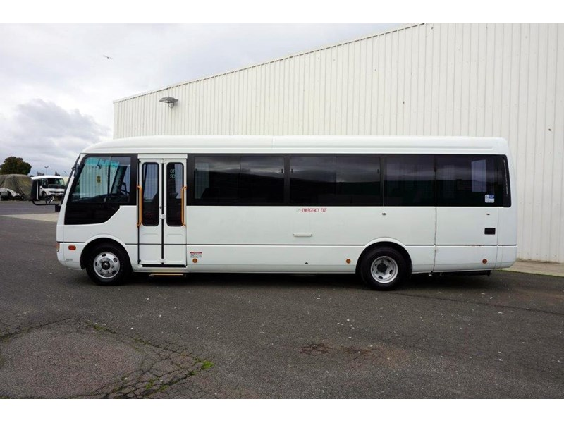 mitsubishi rosa 19 seat wheelchair bus 797415 004