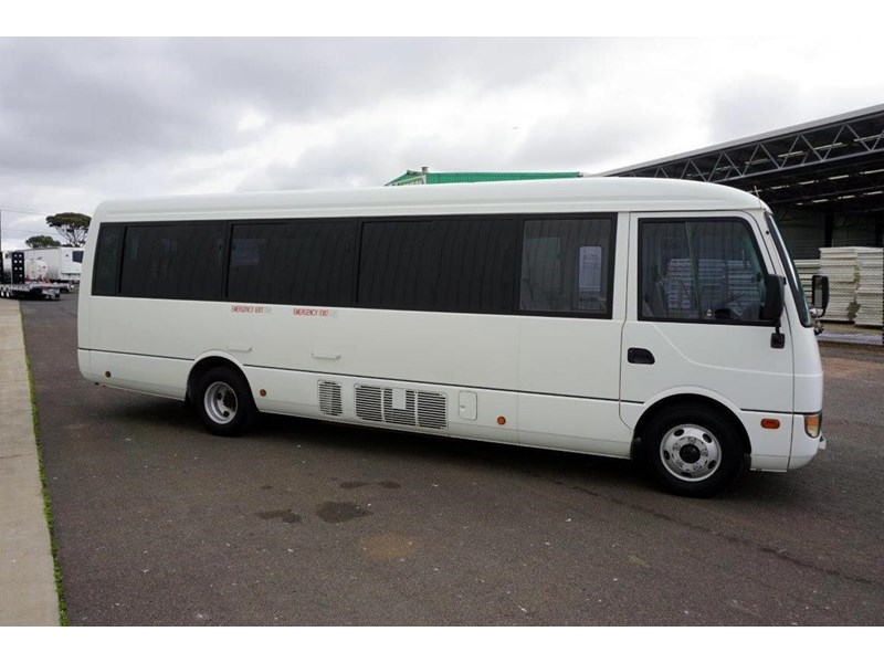 mitsubishi rosa 19 seat wheelchair bus 797415 019