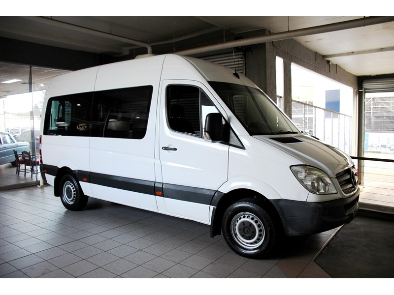 mercedes-benz sprinter 797604 002