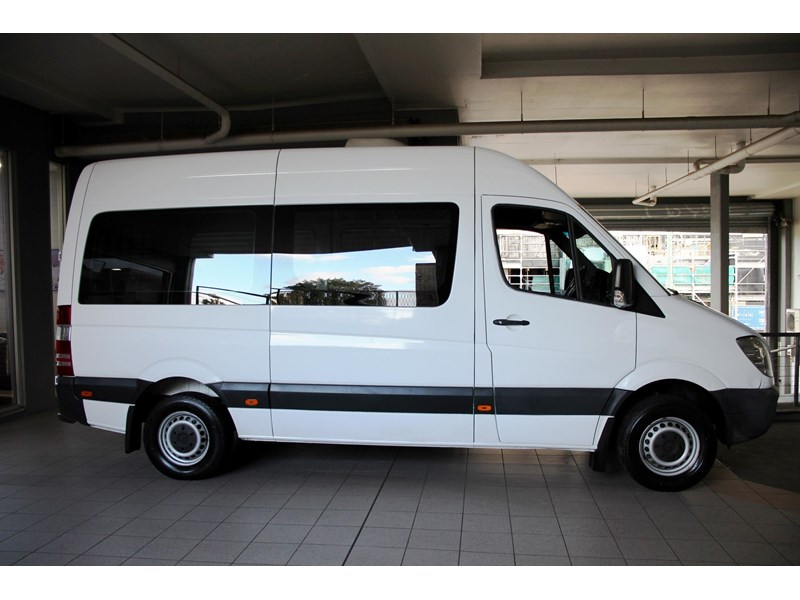 mercedes-benz sprinter 797604 003